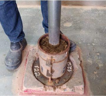 Apiloamento de Solo em Molde de CBR -  Perfuração em Concreto
